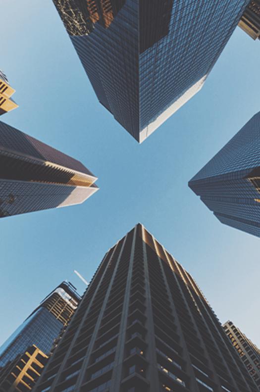 Urbanisme et operations d-amenagement des acteurs prives et des personnes publiques