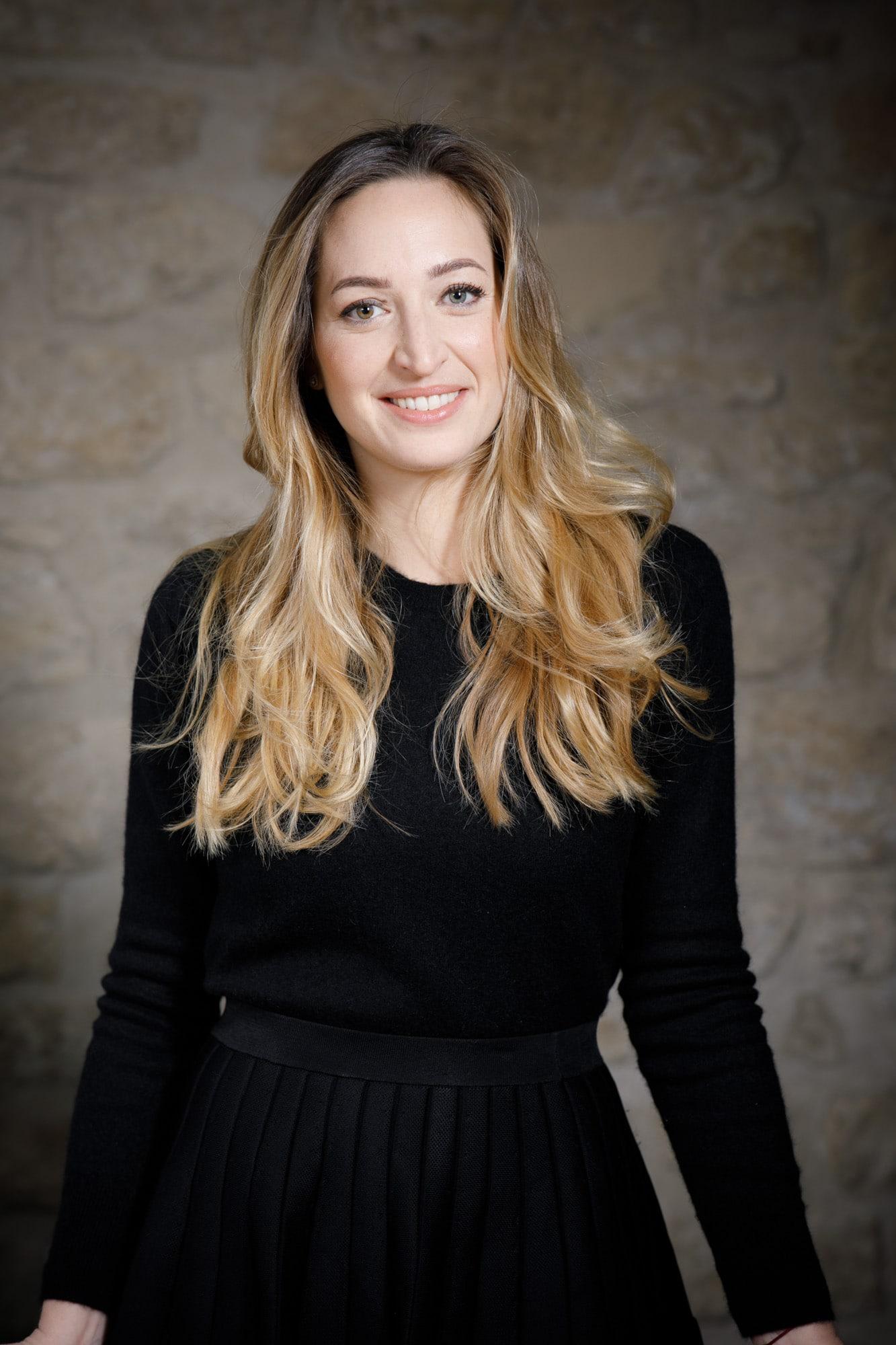 Anne-Carole ZOUARI, notaire assistante - LNQV